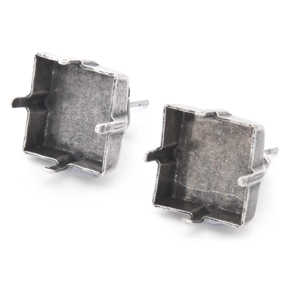 12x12mm Princess Square Stud Earring base