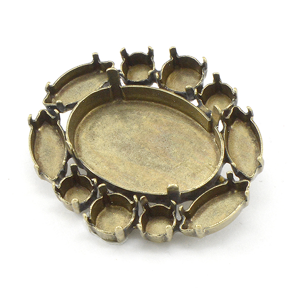 Mixed sizes stone settings Brooch base