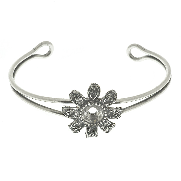 39ss metal casting flower (8 petals) element on Bangle Bracelet base
