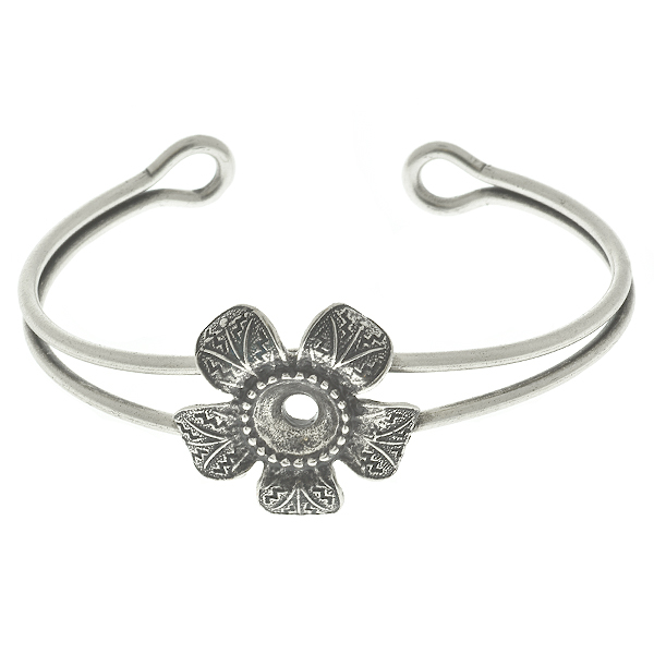 39ss metal casting flower (5 petals) element on Bangle Bracelet base